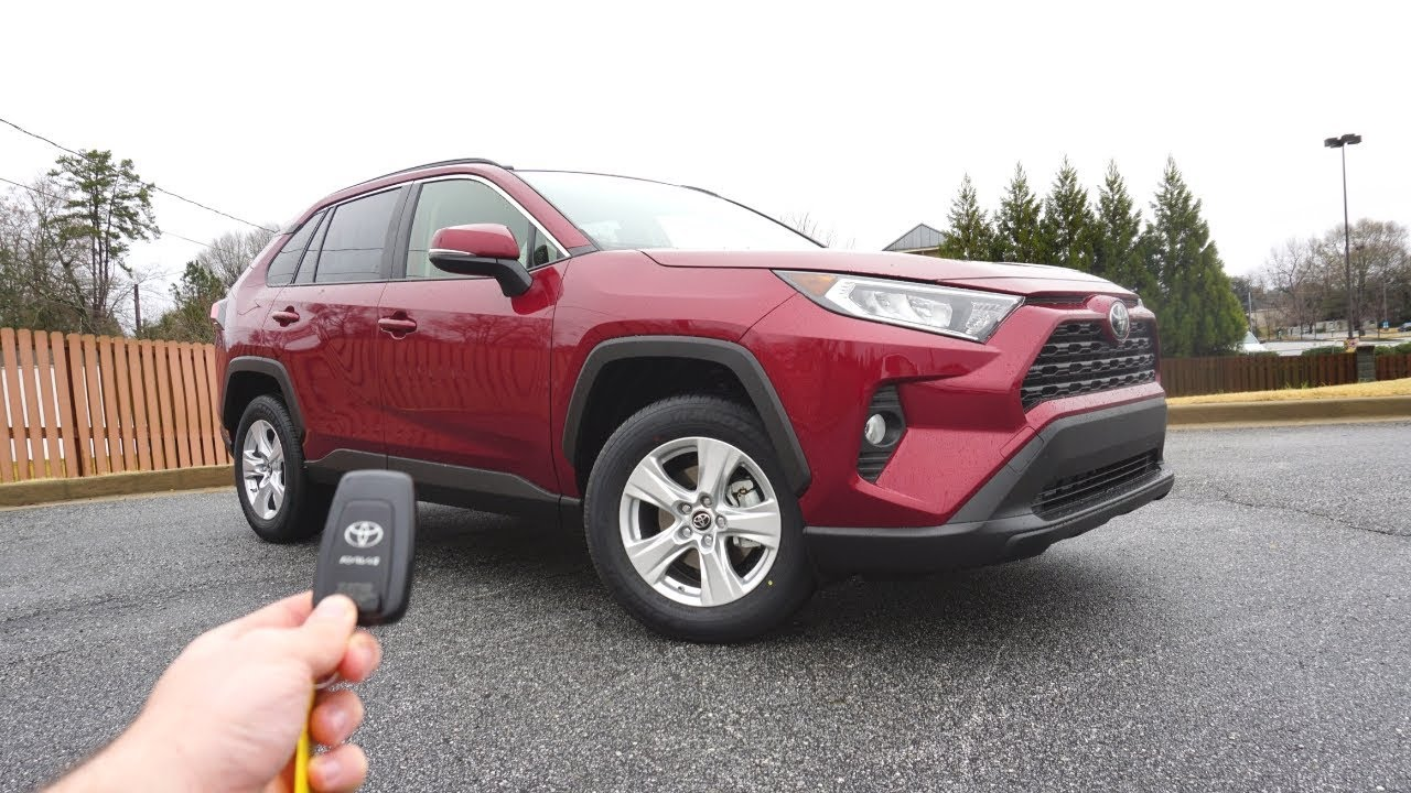 2019 Toyota Rav4 Xle Start Up Walkaround Test Drive And Review