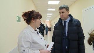 Ю.Радионов проверил ход ремонта в учреждениях здравоохранения