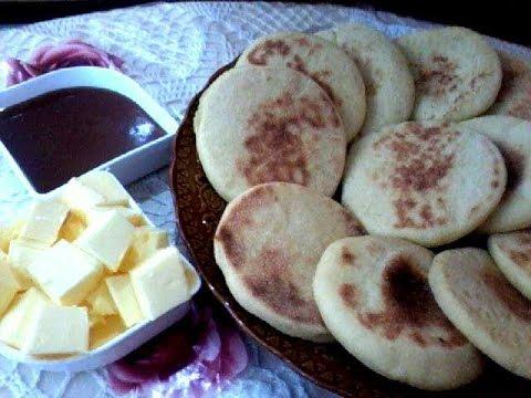 recette marocain facile du pain marocain batbout cuisine. Black Bedroom Furniture Sets. Home Design Ideas