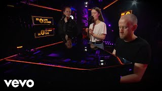 sigrid-don-t-feel-like-crying-in-the-live-lounge