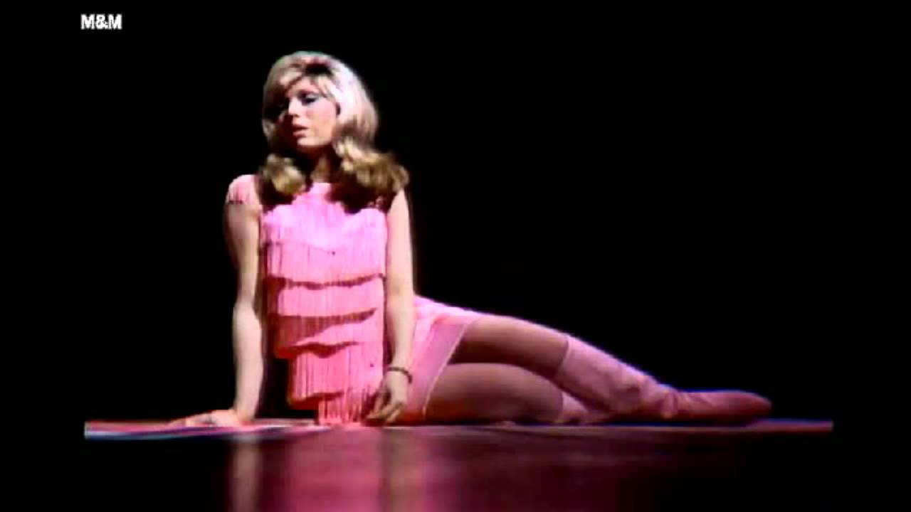 nancy sinatra something stupid