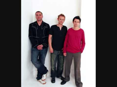 Клип The String Quartet - Showbiz