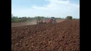 labour 2008 avec mc cormick xtx 185 et charrue 7 corps demblon