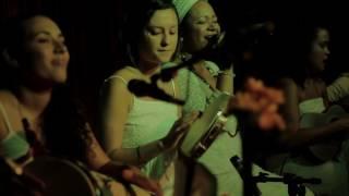 Embala eu / Dona da casa / Pontos (Domínio público) - Samba de Dandara (AO VIVO)