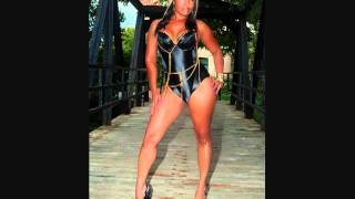 Herizon - I Get Money Remix 2011 female hip hop rap rapper indie Donya music video