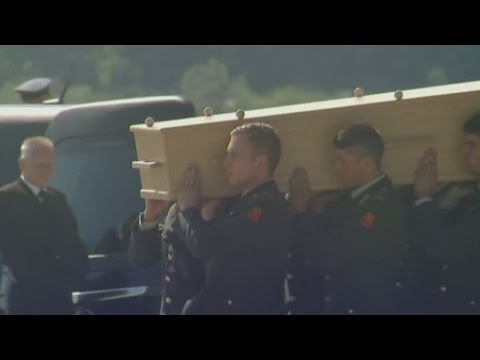 Flight MH17: Dutch mourn at solemn ceremony for crash victims