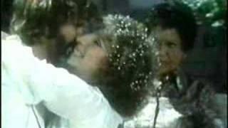 Woman In Love Barbra Streisand Bee gees - Letra.mp3