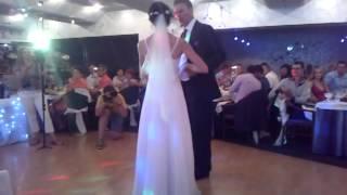 Свадебный танец дочери и отца