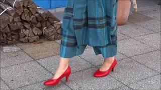真夏のランチ。横浜元町商店街でショッピング。赤い靴がおしゃれな街に...