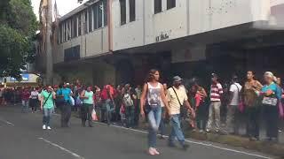 Falta de transporte público mantiene colapsada la ciudad de Valencia