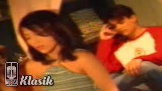Download Nadila - Jangan Tinggalkan Aku (Official Karaoke Video)