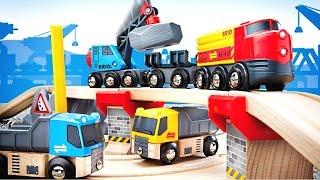 Мультфильм машинки игрушки БРИО для детей. Железная дорога.