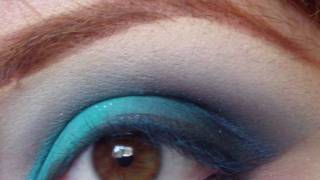 dark blue & bright aqua eye shadow tutorial Thumbnail