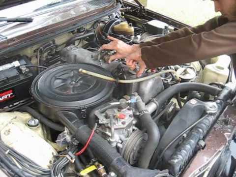 1978 mercedes benz 300d diesel crankcase blowby test youtube for Mercedes benz 300d engine