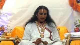 Jaya Madhava Madana Murari - Bhajan by Sri Swami Vishwananda