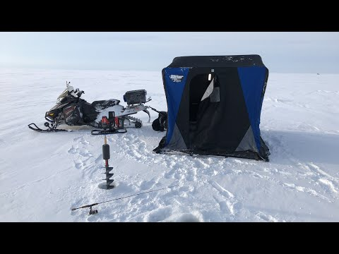 Ice Fishing Live - Ontario Canada