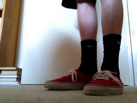 Kenia mostrar Inmunidad  Nike socks with vans on feet - YouTube