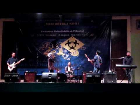 Percayalah - ViBi Band (cover Raisa feat. Afgan)  Live auditorium UINSA