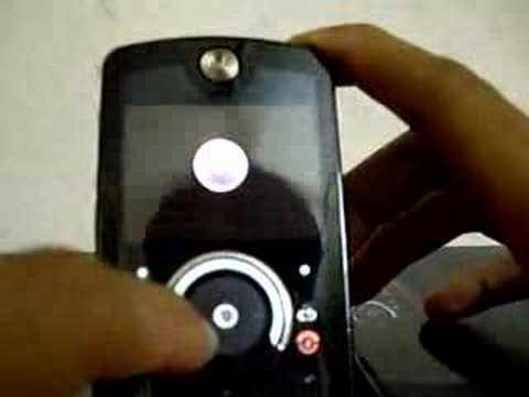 Motorola Rokr E8 unboxing