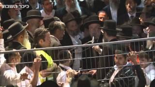 הרב ישראל מאיר לאו מספיד את מרן הרב עובדיה יוסף