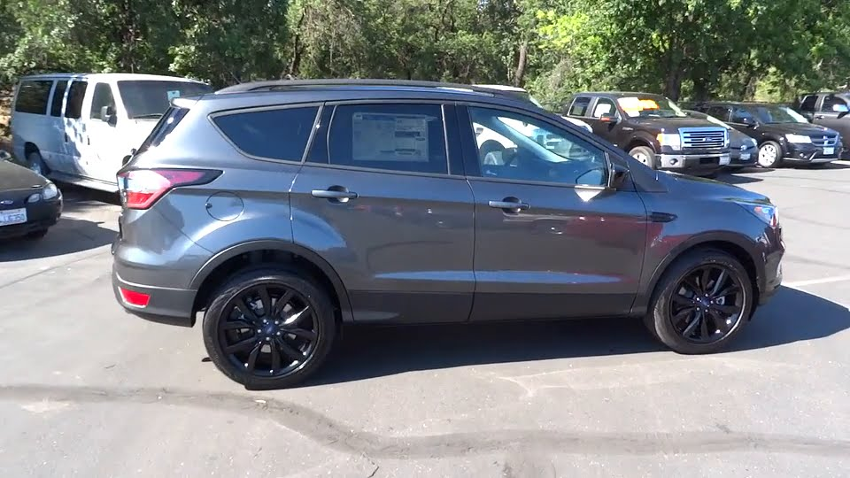 2017 ford escape redding eureka red bluff northern for Crown motors redding ford