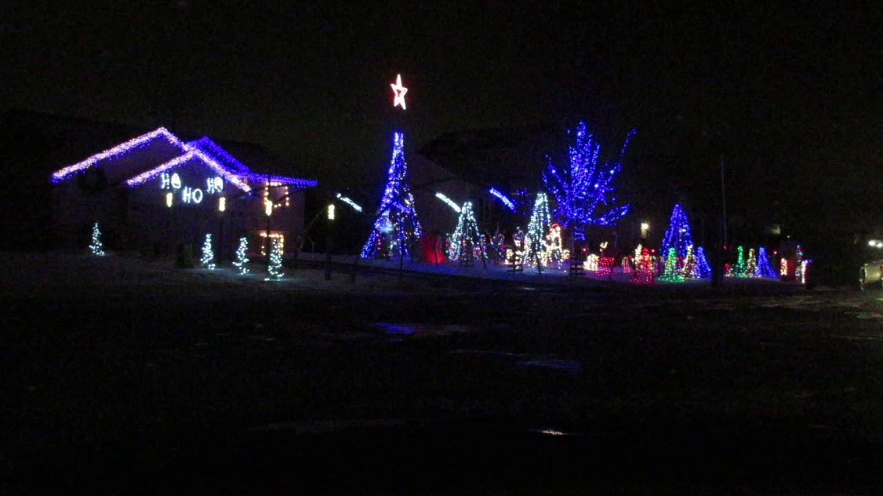 Amazing Grace Techno Christmas Light Show In Andover, MN/ 22 Dec 17 ...