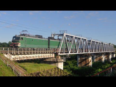 Утро на БМО. 7 грузовых поездов и 3 электрички.