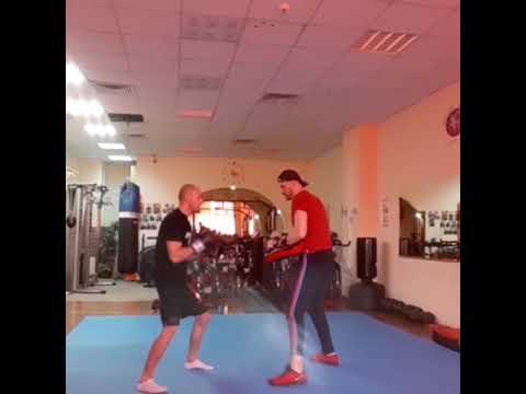 Kickboxing training time 😁