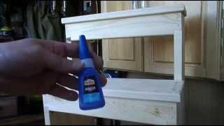 Деревянная лестница-стремянка(Сделал небольшую лесенку на 3 ступеньки. Материал: два мебельных сосновых щита 1000х400х20. Шурупы и гвозди..., 2014-04-30T19:53:54.000Z)
