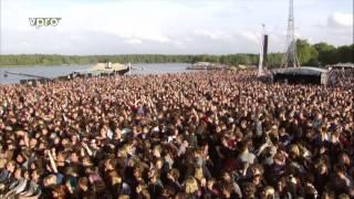 Royal Blood Interview & Ten Tonne Skeleton Best Kept Secret Festival 2015