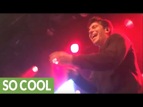 Rapper tosses mic into crowd, random guy crushes his lyrics
