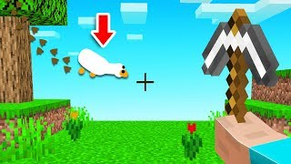 Playing Minecraft With DESKTOP GOOSE!? (annoying)