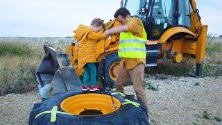 Весёлые истории про трактор. Трактор сломался отвалилось колесо Лёва приехал на помощь