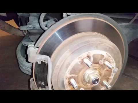 2003-2008 Honda Pilot SUV - Checking Rear Disc Brakes - Rotor, Caliper, Bracket, Pads
