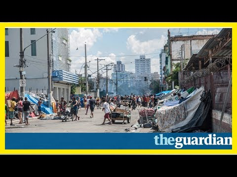 News-inside crackland: open air drug markets of são paulo just can't kick
