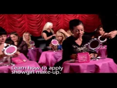 learn how to apply makeup classes