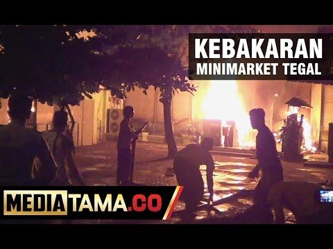 Diduga Korsleting, Minimarket di Tegal Terbakar