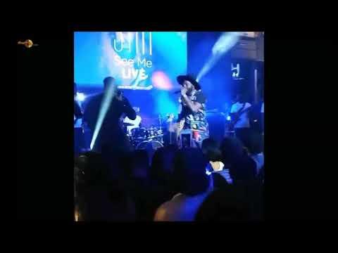 Falz performs La fete at Simi's See me Live Concert.