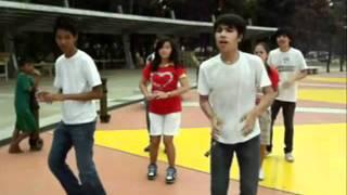 PE Modern Dance (Christmas Remix)