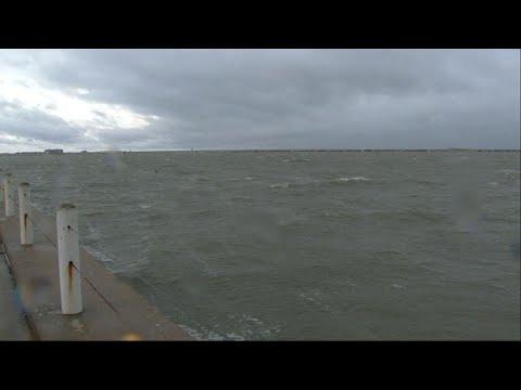 NOAA: Hurricane Harvey To Batter Texas With Rain