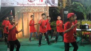 Video Aksi Temon Holic Cilik download MP3, 3GP, MP4, WEBM, AVI, FLV Maret 2017
