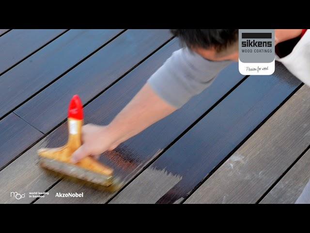 Moso Bamboo X-treme: manutenzione decking con Sikkens Cetol WF771