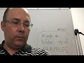 Profesor se emociona explicando matemáticas en YouTube y nadie lo comprende