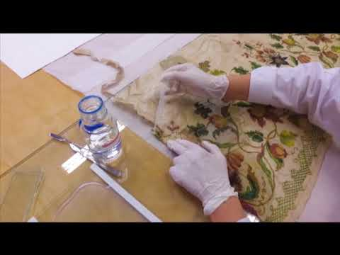 Gel Cleaning In Textile Conservation