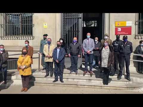 Concentración en la Subdelegación por el crimen de Mansilla