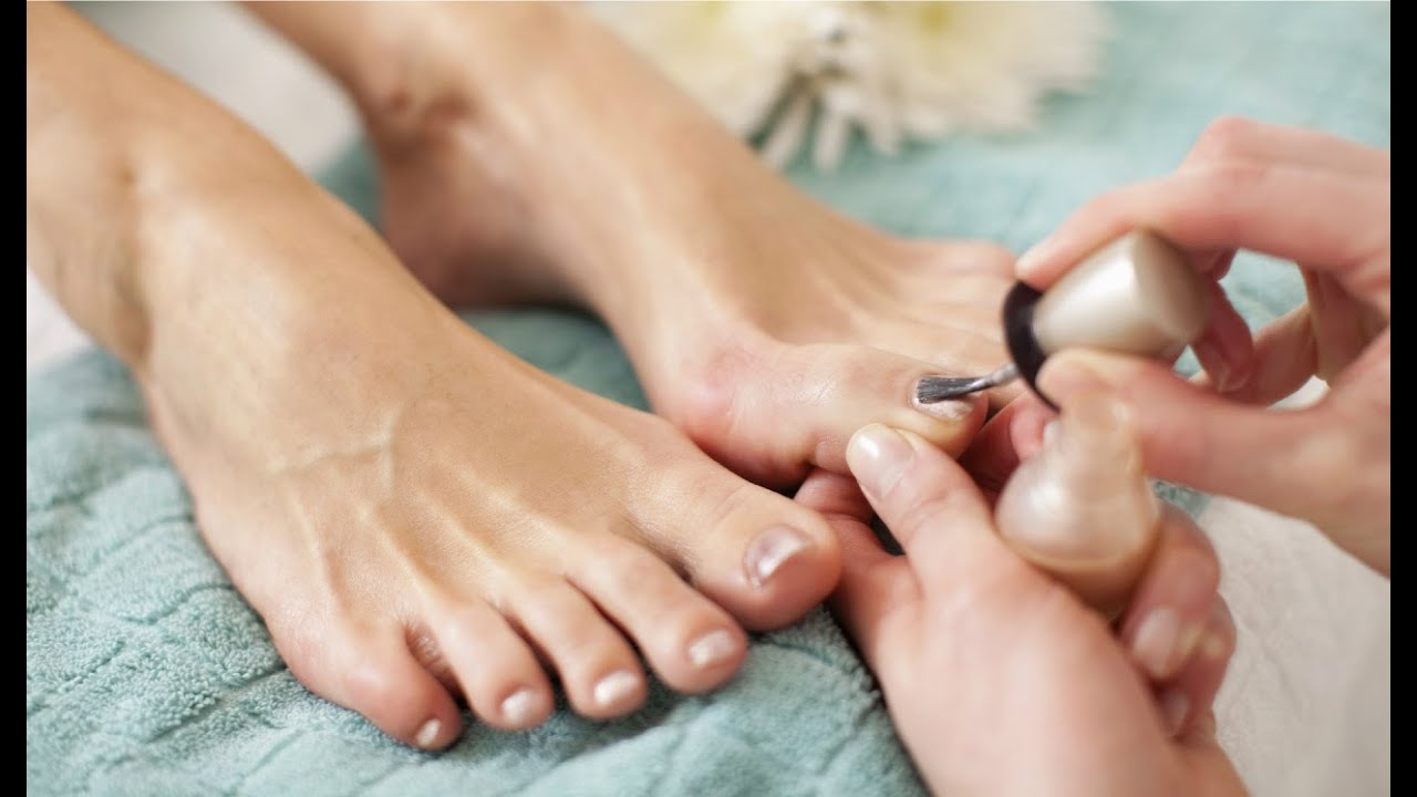 How to Avoid Infection From a Nail Salon Pedicure - YouTube