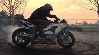 Stunt Bowl VI 2015 - Motorcycle Stunts in 4K