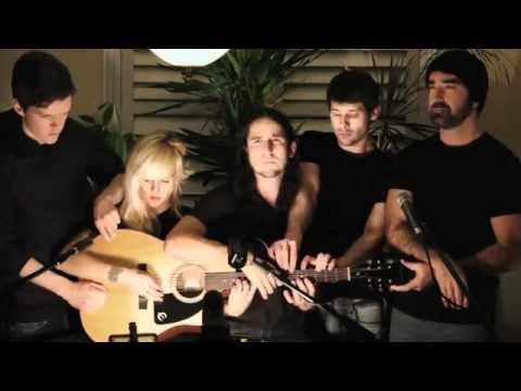 5 người cùng chơi một guitar thugian tso vn