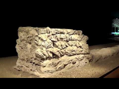 Roman Amphitheatre, Art and more part 1