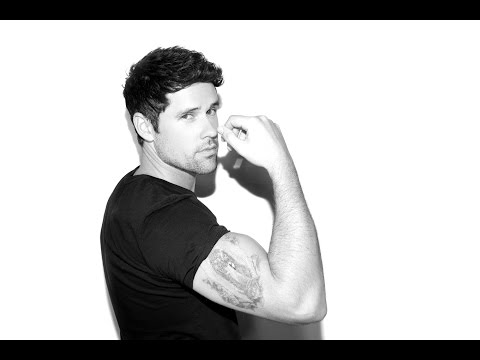 Ben Hollingsworth talks Code Black, learning the importance of pranks from David Duchovny & Tattoos